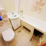 Дверцы под ванной - удобно и аккуратно