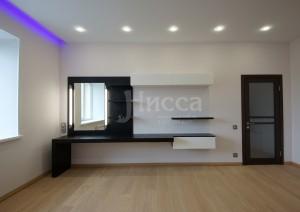 Навесная мебель расширяет пространство комнаты