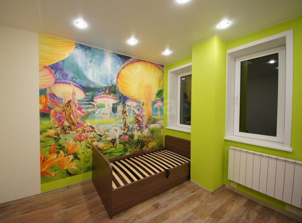 После ремонта детская комната радует позитивными цветами и хорошим освещением