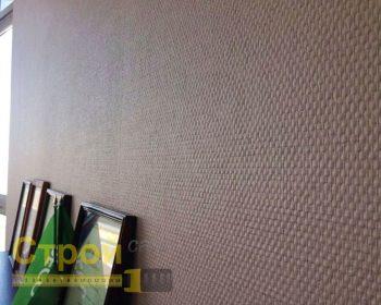 Стеклообои - очень прочный и экологически чистый материал, но выбор рисунка у них ограничен.