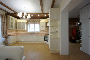 Кухня в коттедж в стиле Прованс.