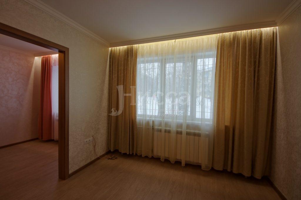 Ниша с диодной подсветкой для штор
