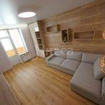 Использование мебельных щитов для отделки стен в жилых помещениях